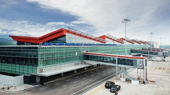 Chào đón sân bay, cao tốc và cảng khách chuyên biệt tại Quảng Ninh Chào đón sân bay, cao tốc và cảng khách chuyên biệt tại Quảng Ninh