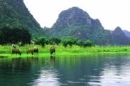 Vé máy báy Hà Nội Đồng Hới Vietnam Airlines Vé máy bay từ Hà Nội đi Đồng Hới của Vietnam Airlines
